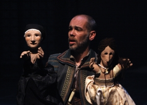 Louis as Will Somers in Henry VIII, Folger Theatre 2010