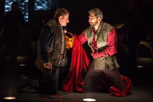 Michael Sharon (Julius Caesar), Julius Caesar, directed by Robert Richmond, Folger Theatre, 2014. Photo by Teresa Wood.