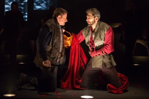 Michael Sharon (Julius Caesar), Julius Caesar, directed by Robert Richmond, Folger Theatre, 2014. Photo by Teresa Wood.