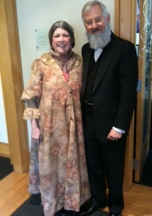 Docents Robin Millay and Mike Neuman as Emily and Henry Folger. (Photo: Folger Shakespeare Library)